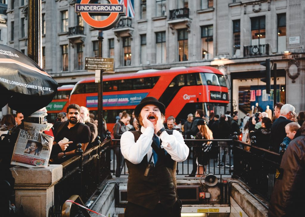 Town cryer of London city.