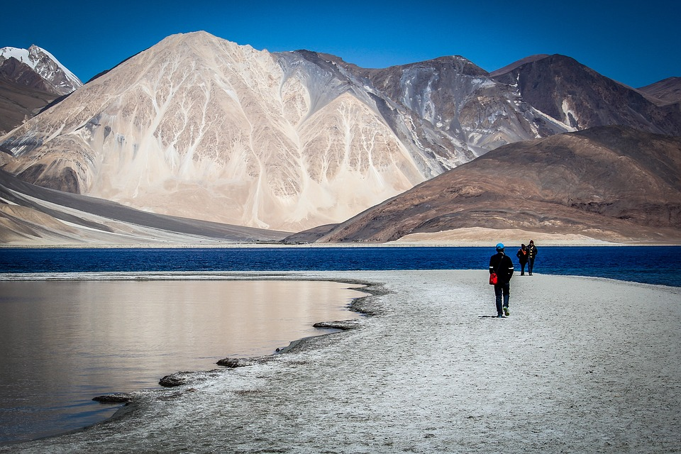 Here is How to Amplify the Dream of Touring Ladakh on 100 CC Bike or Scotty