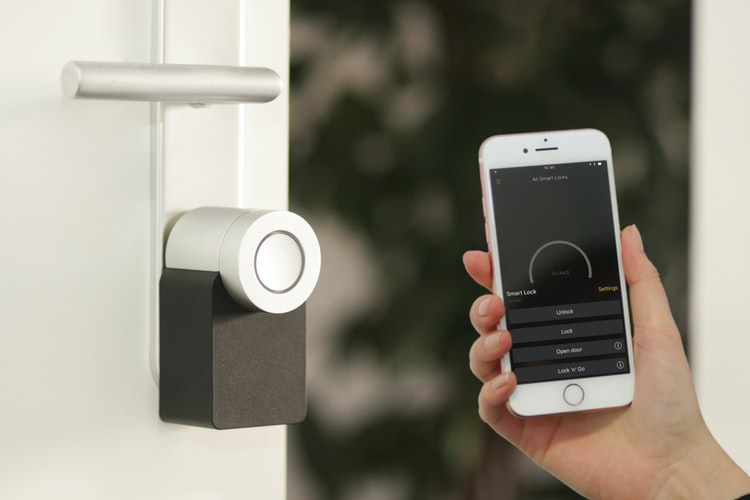 5 Awesome Gadgets To Make Your Home Smarter